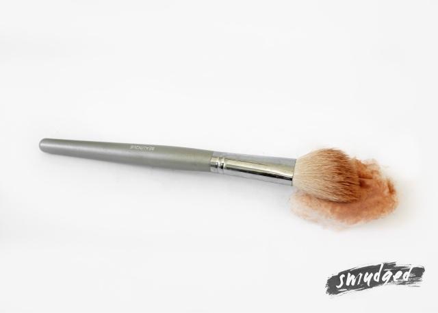 DIY-makeup-brush-cleaner-brush