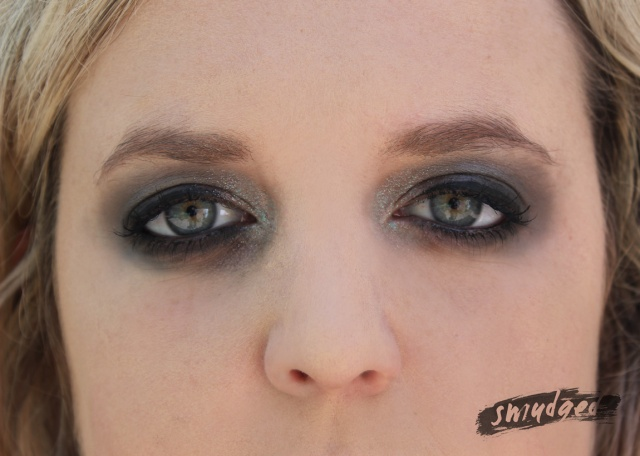 smokey-eye-step-3