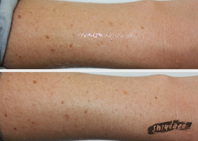 Tanning-oil-spray-swatch