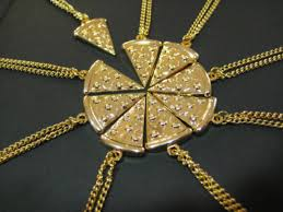 I'm all about the BFF necklaces and I think this one would be the best
