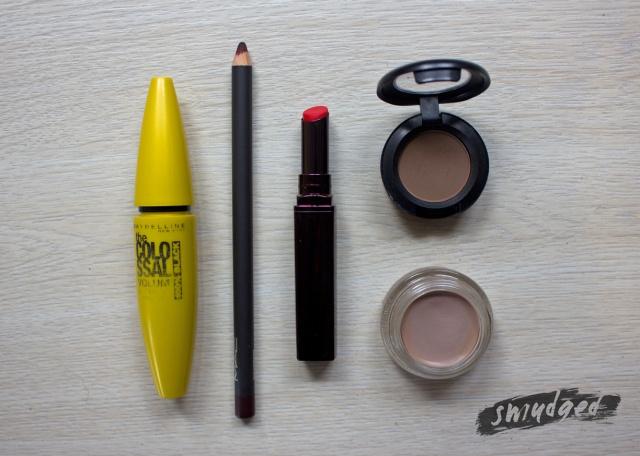 dark-lips-tut