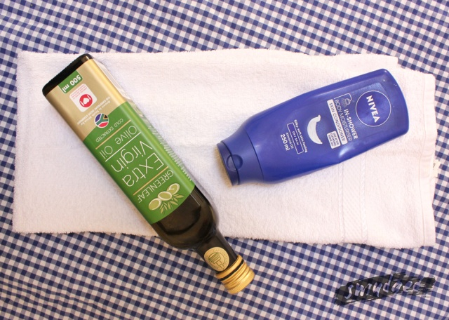 olive-oil-and-nivea-in-shower-conditioner